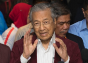 马来西亚60年来首度变天,92岁前总理扳倒执政党