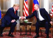 普京迟到1小时致会晤晚点:握手3秒无笑容