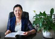 崂山实验三小校长王秋霞:做教育要怀有一颗见素抱朴的心
