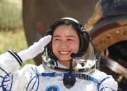 为什么没有结婚的女航天员,不允许上太空?总算明白国家良苦用心