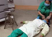 做完一台剖宫产手术 铜鼓怀孕女医生累倒在手术室
