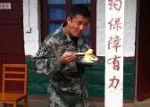 吴京讲述18个月特种兵生活:中国军人打不倒打不败