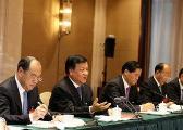 云南省委书记陈豪、省长阮成发参加本省代表团讨论