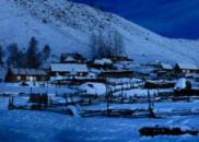山村风雪夜的5公里生命接力
