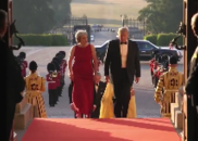 特朗普推特晒视频 全程回顾英国访问之行|视频