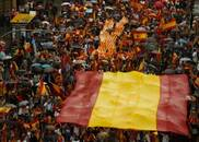 """加泰罗尼亚""""独立公投""""遭民众抗议:捍卫西班牙统一"""