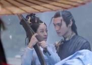 视频:太虐了!战枫在热巴面前抱起别的女人