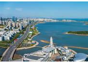 青岛西海岸新区:碧海蓝天惹人醉 满城新绿绘新区
