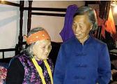 新余73岁老人无私照顾两名瘫痪邻居