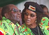 早前背景|穆加贝妻子吁丈夫:已准备好接总统 请给我
