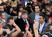 为独立公投拼了!加泰罗尼亚主席隧道内换车躲警察