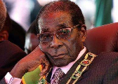 """津巴布韦军方发声称目的是为""""清君侧"""""""