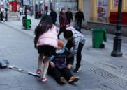 南昌人的朋友圈都在传一对情侣 他们温暖了一座城