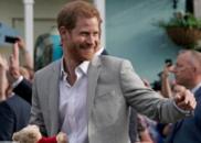 白金汉宫宣布哈里王子为苏塞克斯公爵