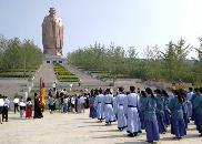 外媒记者体验儒家文化点赞山东:开放与传统并包