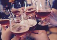 女孩子如何在外安全饮酒?