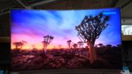 海信发布新品U8AC :识别场景自动调节屏幕亮度 售价8999元起