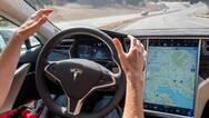马斯克:未来几周内升级Autopilot自动辅助驾驶系统
