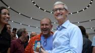 库克:iPhone X若推迟发布 消费者会认为是在骗他买8