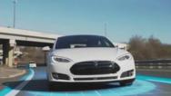 特斯拉自动驾驶更新:旧车型被拍死沙滩上