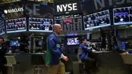 美股震荡收跌 凤凰新媒体逆市大涨9%