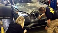 Uber自动驾驶致命事故曝光:事发前司机正看手机视频