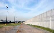 """特朗普想造墙?要先解决这""""三座大山"""""""