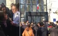 是什么促使巴黎警察扣响扳机?