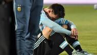 智利球童搂腰安慰梅西?NO!其实另有目的(图)