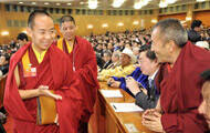 两会是营造佛教形象的正面战场