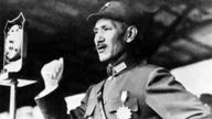 抗战时蒋介石因压力大两度想自杀,靠祷告度过