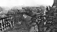 """希特勒疯狂设想:曾欲重建柏林为""""世界首都"""""""