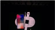 """iPhone X 押赌未来,iPhone 8 满足苹果的""""自私"""""""
