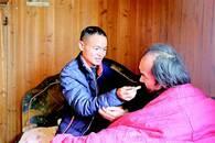 祖孙三代延续家风 60年接力照顾残障亲人