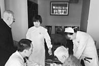 黄陂护士连续4个月 上门为85岁老人换导尿管
