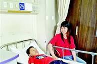 恩施12岁留守男孩突患重病 两座城市爱心接力伸援手