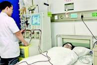 宜昌女子来汉捐造血干细胞 白血病患者将重获新生
