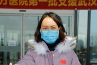 安徽一援鄂护士长:疫情面前逆风而行 争分夺秒抢救病人