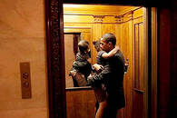 比美国总统更重要的角色是,父亲