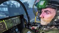 """美军飞行员抱怨F-35座舱""""令人失望"""" 触摸屏失灵、语音识别根本没人用"""