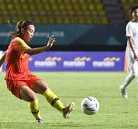 亚运会女足-古雅沙造4球 中国7-0中国香港