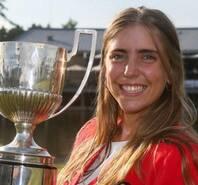 22岁美女冠军球员被谋杀 死于心爱的球场