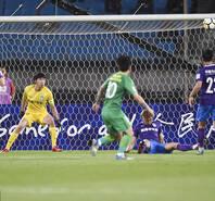 索里亚诺破门 国安1-0泰达晋级8强