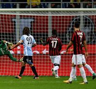 R罗凯西点球建功 米兰主场2-0斯帕尔队