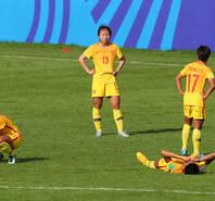 中国女足遭补时破门 无缘8强失落痛哭