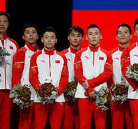 最后一项失误屈居亚军 中国体操男团无缘卫冕
