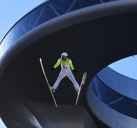北京冬奥会测试活动正式启动 冰雪运动员起舞雪如意