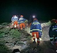 甘肃马拉松遇难救援现场 5人失联正在救援中