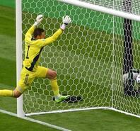 45.4米超长吊射 希克预定欧洲杯最佳进球