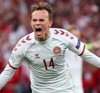 丹麦童话再现!4-1大胜俄罗斯逆袭出线 挺进16强
